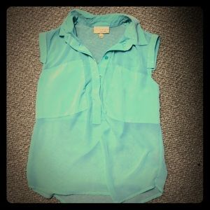 Sea foam green Vera Wang blouse